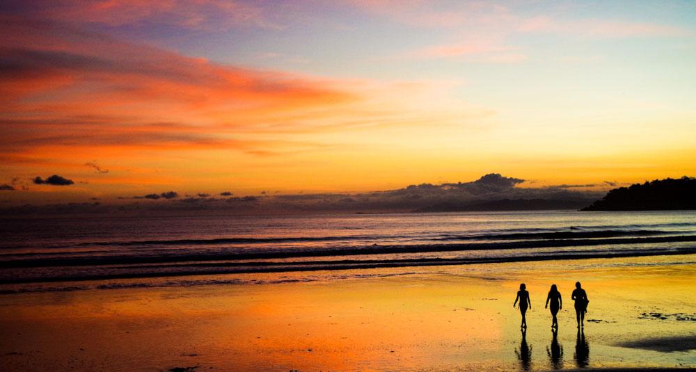 Panama retreat playa venao beach break